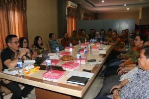 Kunjungan Pemkab Serang Banten untuk belajar Perda bangunan Gedung di Tomohon