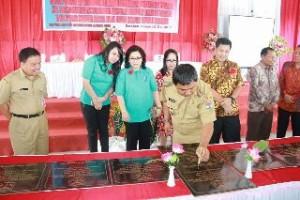 Wagub Sulut Buka Rakerda Program Kependudukan KB dan Pembangunan Keluarga Tahun 2017