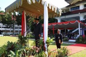 Olly Pimpin Upacara Hardiknas Tingkat Provinsi Sulut