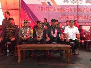Bupati JWS dan Gubernur OD, Dampingi Menkumham RI Yasona Laoly Buka Perkemahan Remaja Nasional PGI dan Sinode GMIM