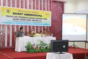 Wakil Wali Kota Tomohon Syerly Adelyn Sompotan saat memberikan materi