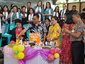 Perayaan HUT ke-154 GMIM Petra Kinilow