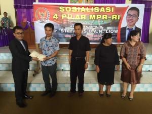 Senator SBAN Liow Sosialisasi Empat Pilar MPR-RI di GMIM Sion Langowan