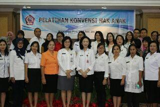 Pelatihan Konvensi Hak Anak yang diadakan Dinas Pemberdayaan Perempuan dan Perlindungan Anak (DP3A) Sulut