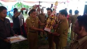 Bupati Minahasa Resmikan Hasil Kegiatan Fisik ADD dan DD Tahun Anggaran 2016 Langowan Raya