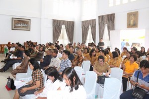 Para peserta Sosialisasi RUU Ketahanan Pangan Komite III DPD-RI di Kota Tomohon