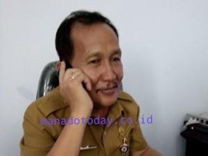 Kepala Dinas PU/PR Welly Munaiseche