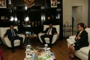 SAS bersama Gubernur Sulut dan Wali Kota Manado