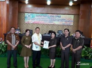 Wali Kota Tomohon mengajukan Ranperda Laporan pertanggungjawaban Pelaksanaan APBD  2016
