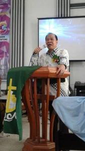Walikota Bitung ,Maximiliaan J Lomban SE MSi ,GMIM Sentrum Bitung,