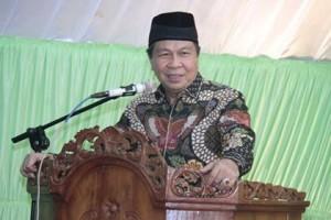 Lomban Himbau Umat Muslim Tingkatkan Kepedulian Kepada Kaum Dhuafa
