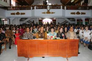 Wali Kota, Wakil Wali Kota, Ketua DPRD dan jajaran menghadiri Perayaan HUT ke-71 GMIM Baitlahim Talete