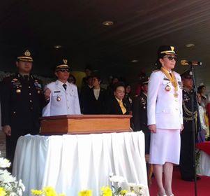 Bupati CEP saat bertindak sebagai Irup di upacara detik-detik Proklamasi , 2 Ucapan selamat HUT Proklamasi ke 72 Pemkab Minsel