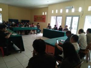 Pertemuan KPU Minahasa dengan pers terkait rencana kerja sama untuk sosialisasi tahapan Pilkada