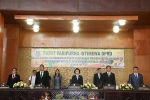 Rapat Paripurna istimewa DPRD Tomohon dalam rangka HUT ke-72 Proklamasi dan Pengantar Keuangan APBN 2018