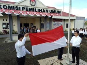 KPU Minahasa Gelar Upacara HUT RI ke-72, Tinangon: Kerja Bersama Sukseskan Pilkada