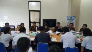 Pembahasan di Komisi II