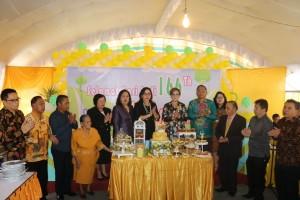Wakil Wali Kota bersama para tokoh agama GMIM Elim Pinaras  dan pejabat teras Pemkot Tomohon