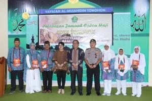 Sekkot, Kapolres dan Kepala Kementerian Agama Tomohon bersama 6 CJH