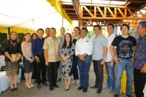 Kunjungan Kapolda dan tamu lain di Kediaman Wali Kota Tomohon di Pengucapan Syukur