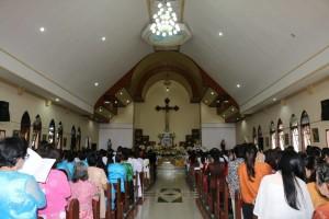 Misa Pertama Uskup Manado di Paroki St Joseph Sarongsong