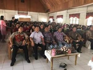 James Sumendap SH, Drs Tavif Watuseke,Jemaat GMIM Elim Tonsawang,
