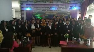 Para lulusan Jurusan Pariwisata Politeknik Negeri Manado