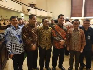 Wakil Gubernur Sulawesi Utara yang turut hadir di Sidang Paripurna DPD-RI bersaama para anggota DPD-RI