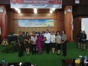 Prof Dr Ir Darmayanti Lubis saat berada di Kota Tomohon
