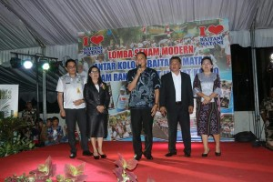 Wali Kota saat menghadiri HUT ke-170 GMIM Baitani Matani
