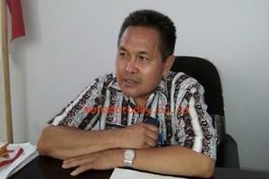 Dana Desa Tahap Dua, Drs Joutje Wawointana,