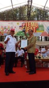 Maximiliaan J Lomban SE MSi, Palang Merah Indonesia , Penghargaan PMI