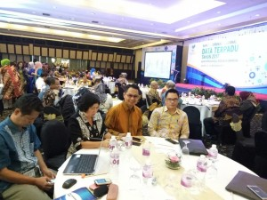 Asisten Umum didampingi Kadis Sosial di Rakornas Data Terpadu 2017