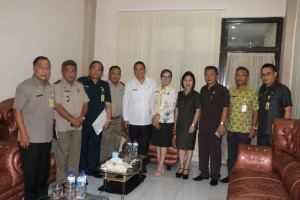 Wali Kota Tomohon dan jajaran serta Kakanwil BPN Sulawesi Utara Fredy A Kolintama ST MSi