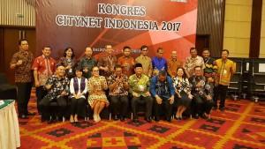 Wakil Wali Kota Tomohon dan peserta Kongres Citynet 2017