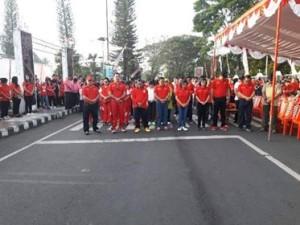 Diawali Jalan Sehat, Bupati JWS Buka Rangkaian HUT Minahasa ke-589