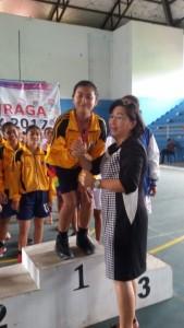 Ketua Kontingen Porprov Kota Tomohon dan Tim Basket Putri