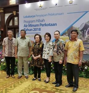 Ketua DPRD Tomohon Ir Miky JL Wenur dan peserta kegiatan lainnya