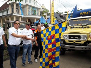 Wali Kota Tomohon melepas Rally Wisata J-Man Pas 2017