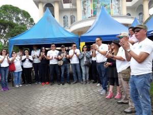 Wali Kota didampingi wakil wlai kota saat membuka kegiatan Rally Wisata