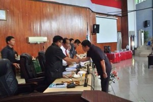 DPRD Kota Bitung Gelar Paripurna Pembicaraan Tingkat I Ranperda APBD 20185