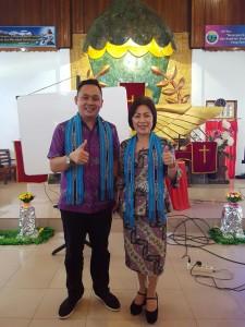 Wenur dan Mait yang diutus BPMS GMIM di Ambon
