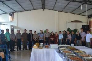 Kunjungi Polsek Kombi, Pusung Tatap Muka dengam Warga Kombi