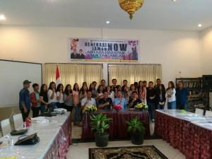 Wali Kota Tomohon, Ketua Pemuda GMIM, Kadis Kominfo, Kabag Humas dan para generasi muda