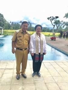 Megawati Soekarnoputri Restui Sumendap Maju Kembali di Pilkada Mitra