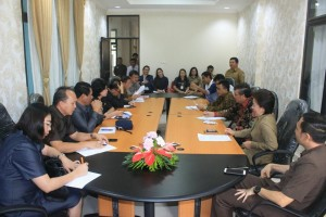Dua Senator Sulut saat berkunjung ke DPRD Tomohon