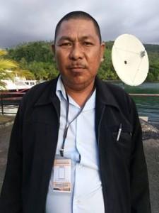 Pengurusan e-KTP, Kecamatan Mandolang, Tonny Pusung,