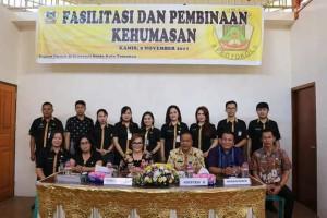 Wakil wali Kota, narasumber bersama staf Humas dan Protokol