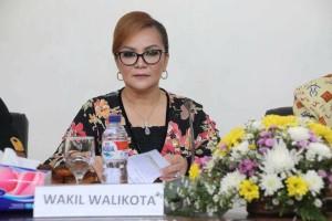 Wakil Wali Kota saat membuka kegiatan Kehumasan