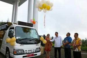 Launching Mobil Pajak Keliling oleh Wali Kota Tomohon